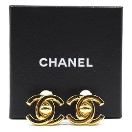 Chanel-Chanel Gold CC Interlock Clip On Boucles d'oreilles-Doré