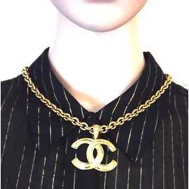 Chanel-Chanel Gold CC Interlocking Chain Necklace-Golden