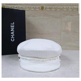 Chanel-CHANEL White Tweed Cap Sz. M-White