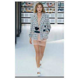 Chanel-CHANEL Multicolour Tweed  2017 Jacket Sz.36-Multiple colors