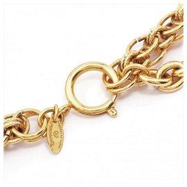 Chanel-Sehr hübsche Halskette + Chanel Anhänger in Vergoldung + gefälschte Perle;aus der Umgebung 1960/70-Golden