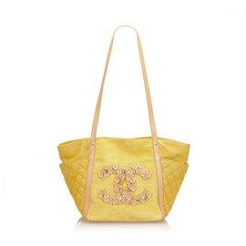 Chanel-Chanel Yellow Camellia CC Tote-Yellow
