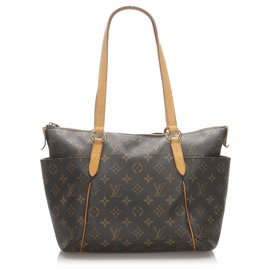 Louis Vuitton-Monogramm Louis Vuittons Brown Total PM-Braun