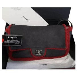 Chanel-NWB Chanel Vintage Matelasse Shearling Leather Shoulder Bag-Black