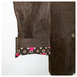 Louis Vuitton-Taille de la veste trench rare Murakami Cherries 38-Kaki