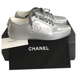 Chanel-Chanel Sneakers Silver for women , taille 37,5 new!-Silvery