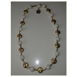 Chanel-Beautiful Chanel necklace-Golden
