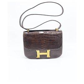 Hermès-Hermes bag Constance 23 cm in brown crocodile leather-Brown