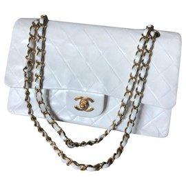 Chanel-Vintage Chanel White Classic medium flap bag-White