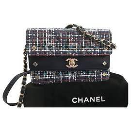 Chanel-Chanel lined flap bag-Navy blue