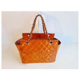 Chanel-CHANEL Quilted Patent Leather Chain Hand Bag-Orange