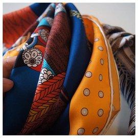 Hermès-Dignitary saddle-Orange