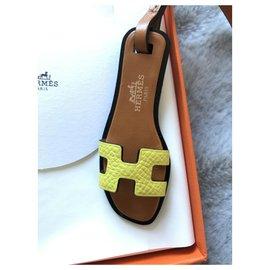 Hermès-Bijou de sac Oran-Jaune