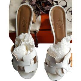 Hermès-Oasis-White