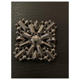 Chanel-Brooch-Multiple colors