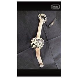 Chanel-Bracelets-Eggshell