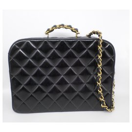 Chanel-Business chain bag.-Black