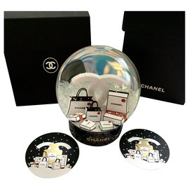 Chanel-Snowglobe-Other