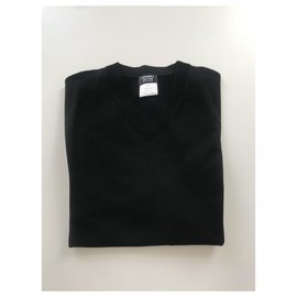 Chanel-Chanel Men's V-Neck Sweater , Jersey material , size xs-Black