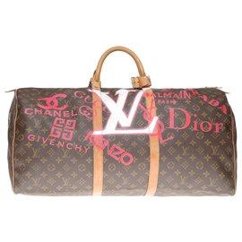 """Louis Vuitton-Magnifique Sac de voyage Keepall 60 en toile monogram customisé """"Luxury for ever"""" et numéroté #65-Marron"""