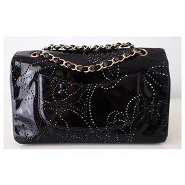 Chanel-CAMELIA CLASSIC CHANEL BAG-Black