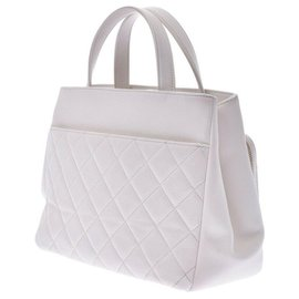 Chanel-Chanel shopping-White