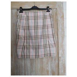 Burberry-Burberry pink skirt - 36-Pink