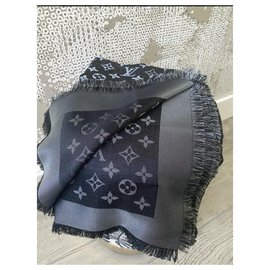 Louis Vuitton-Silk scarves-Black