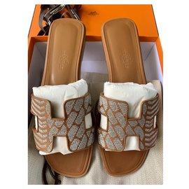 Hermès-Oran Brode Naturel/Silver-Caramel