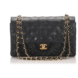 Chanel-Chanel Black Classic Medium Lambskin Leather lined Flap Bag-Black