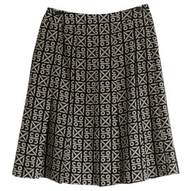 Chanel-AW00 Jupe évasée doublée de jupon en tulle de soie avec logo Coco-Noir