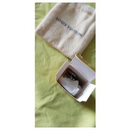 Louis Vuitton-Cadenas-Silvery