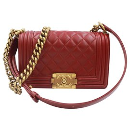 Chanel-Chanel Boy Red Leather Golden Shoulder chains-Red