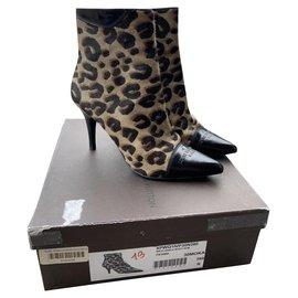 Louis Vuitton-Bottines-Imprimé léopard