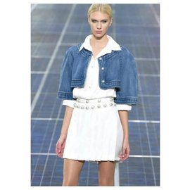 Chanel-CHANEL Veste raccourcie en denim à boutons nacrés Boléro.36-Bleu