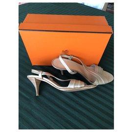 Hermès-Sandales à talon Hermès T41-Doré