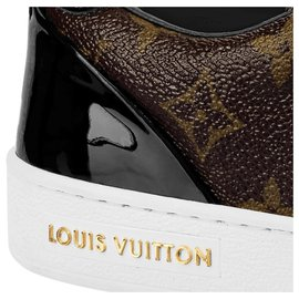 Louis Vuitton-LV frontrow trainer-Brown
