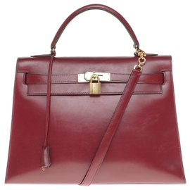 Hermès-Splendid Hermès Kelly 32 saddler with strap in red box leather H , gold plated metal trim-Dark red