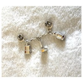 Cacharel-Pins & brooches-Silvery