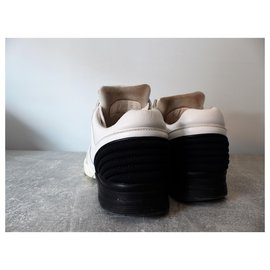 Chanel-sneakers-Blanc