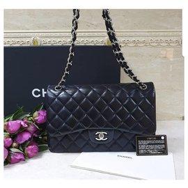 Chanel-Jumbo lined flap-Black