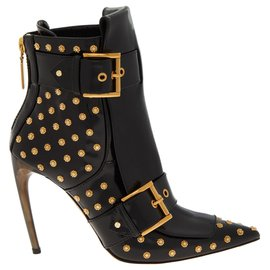 Alexander Mcqueen-Studded Leather Ankle Boots-Black
