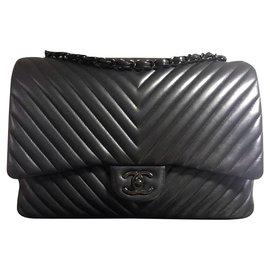 Chanel-Rare Chanel So Black Jumbo Chevron timeless flap bag-Black