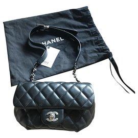 Chanel-Chanel quilted belt bag-Black,Silver hardware