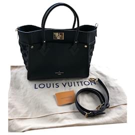 Louis Vuitton-on my side-Black