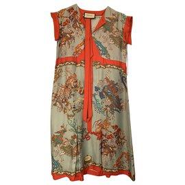 Gucci-Taille de robe en soie Gucci 36-Multicolore
