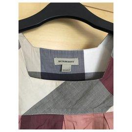 Burberry-Robes-Beige