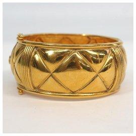 Chanel-CHANEL bangle matelasse coco mark GP Womens bracelet gold-Other