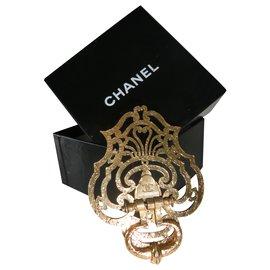 Chanel-Vintage Chanel brooch-Golden