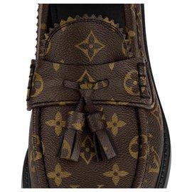 Louis Vuitton-LV Voltaire Loafer nouveau-Marron